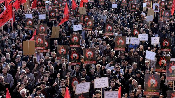 Manifestantes protestan en Irán por la ejecución del misionero chií Nimr Baqir al Nimr en Arabia Saudí - Sputnik Mundo