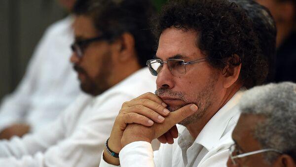 Pastor Alape, exlider de las FARC - Sputnik Mundo