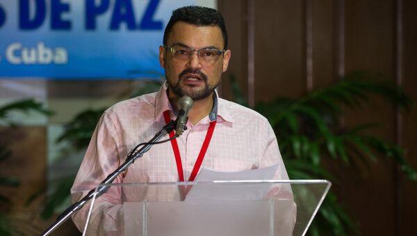 Sergio Marín, delegado de paz de las FARC-EP - Sputnik Mundo