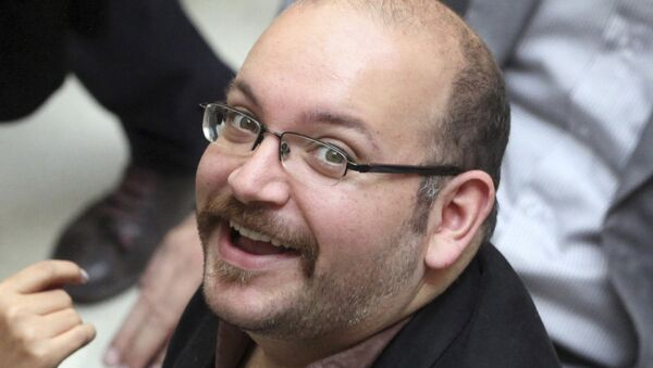 Jason Rezaian, periodista estadounidense y uno de los presos liberados en Irán - Sputnik Mundo