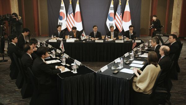 La reunión tripartita entre diplomáticos de EEUU, Japón y Corea del Sur en Seúl - Sputnik Mundo