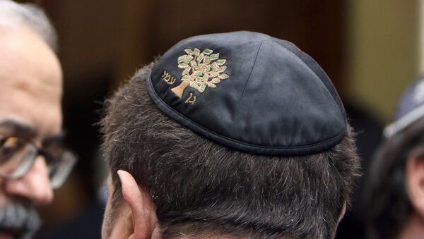 Miembros de la comunidad judía en Francia - Sputnik Mundo