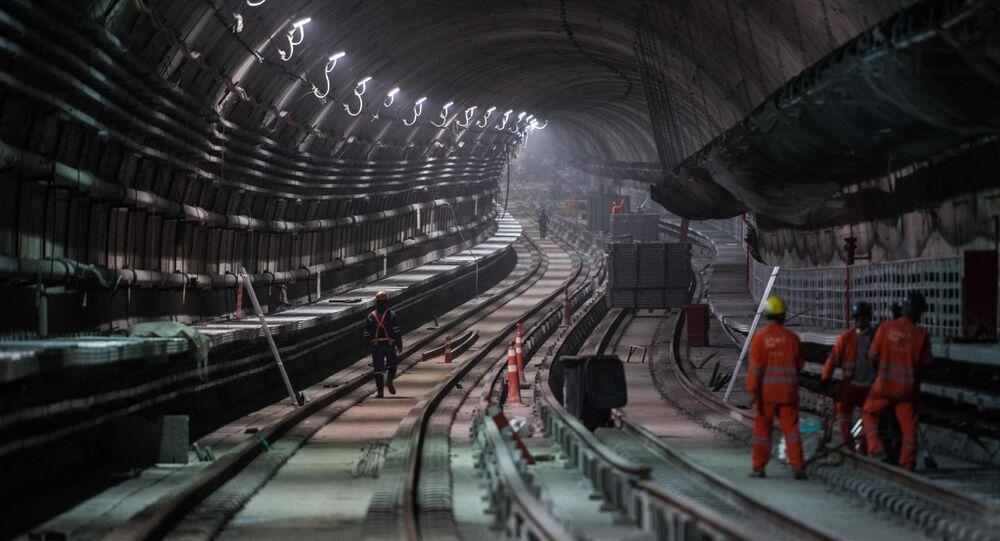 Los constructores de una estación del metro en Rio de Janeiro