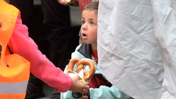 Un niño refugiado - Sputnik Mundo