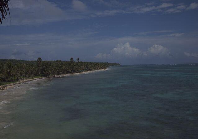 Costa de Little Corn Island