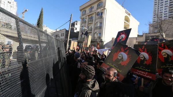 Protestas frente a la embajada saudí en Teherán (Archvio) - Sputnik Mundo
