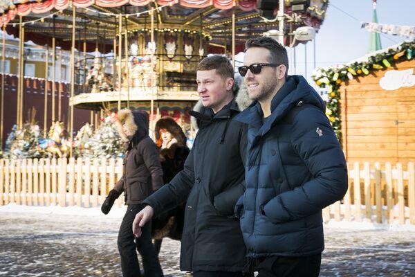 Un simple actor de Nueva York Ryan Reynolds en Moscú - Sputnik Mundo