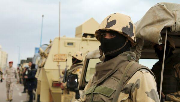 Un soldado del Ejército de Egipto (archivo) - Sputnik Mundo