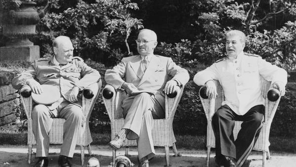 Churchill, Truman y Stalin en Potsdam, 1945 - Sputnik Mundo