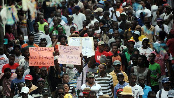 Protesta en Port-au-Prince, Haití - Sputnik Mundo