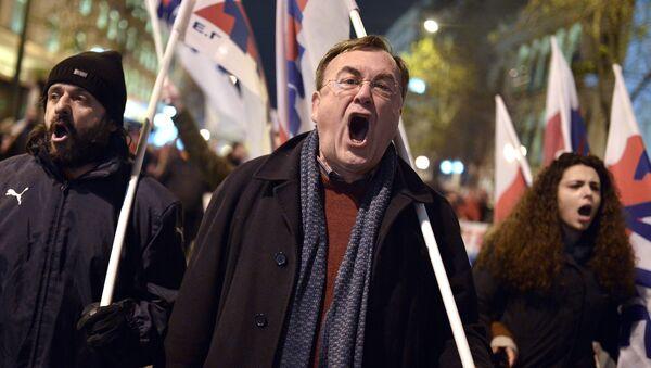 Protestas contra las reformas sociales del Gobierno griego en Atenas - Sputnik Mundo