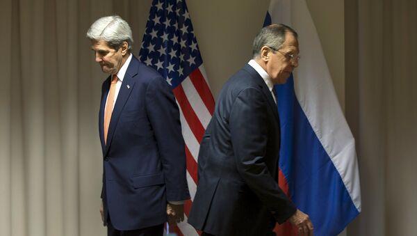 Secretario de Estado de EEUU, John Kerry y ministro de Asuntos Exteriores de Rusia, Serguéi Lavrov (archivo) - Sputnik Mundo