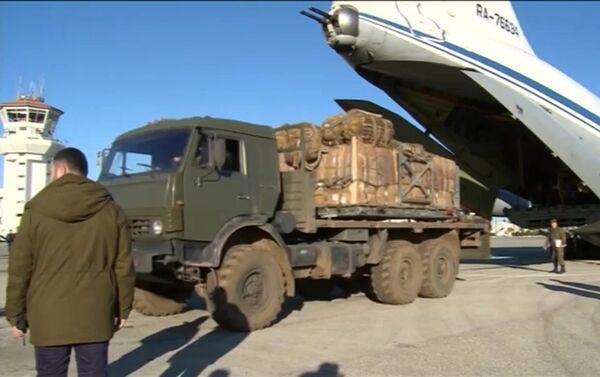 Envio de ayuda humanitaria para los habitantes de Deir Ezzor - Sputnik Mundo