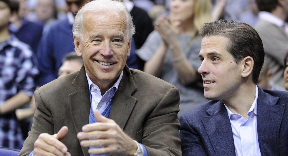 Joe Biden con su hijo, Hunter Biden (archivo)