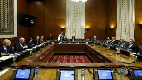 Consultas intersirias en Ginebra, Suiza - Sputnik Mundo