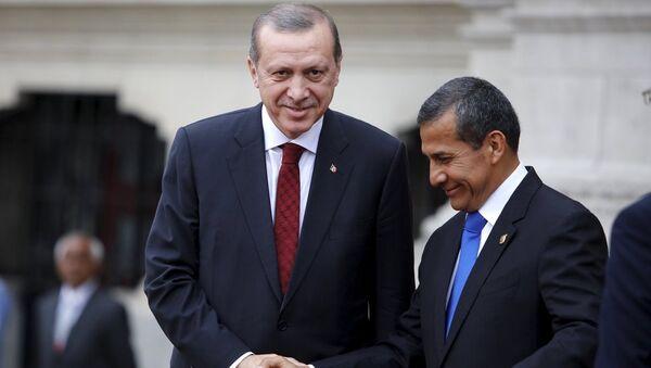 Presidente de Turquía, Recep Erdogan, y presidente de Perú, Ollanta Humala - Sputnik Mundo