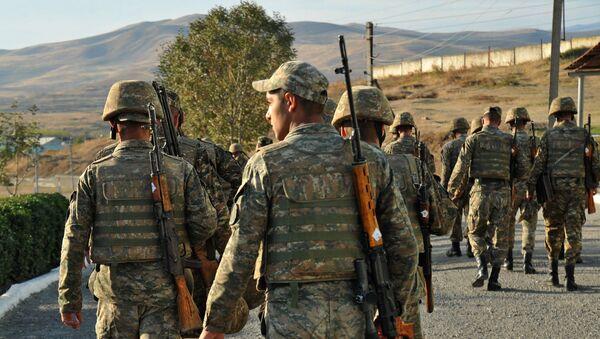 Soldados armenios (Archivo) - Sputnik Mundo