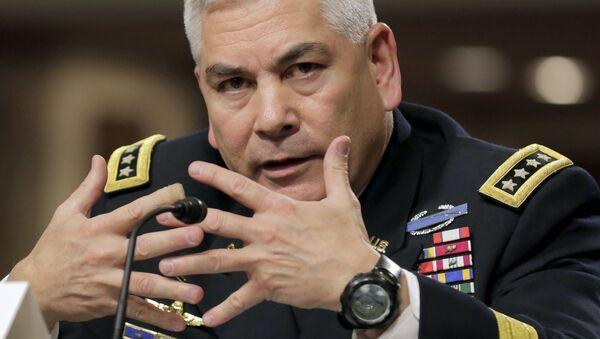 General John Campbell, el comandante de las Fuerzas de EEUU en Afganistán - Sputnik Mundo