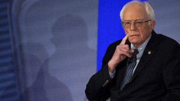 U.S. Democratic presidential candidate Bernie Sanders - Sputnik Mundo