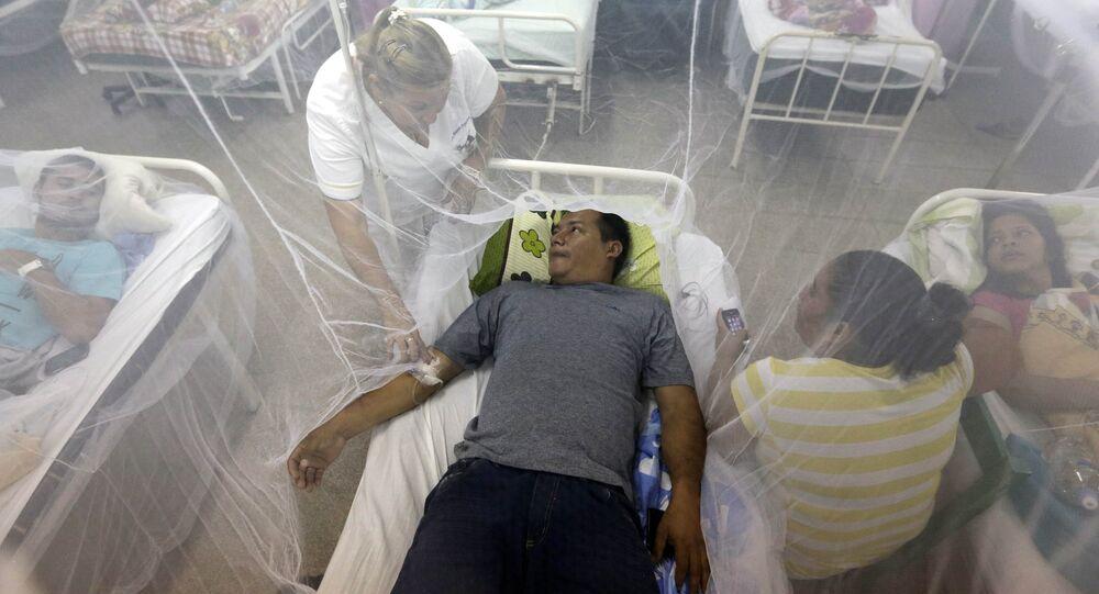 Pacientes infectados con dengue en un hospital paraguayo. (Archivo)