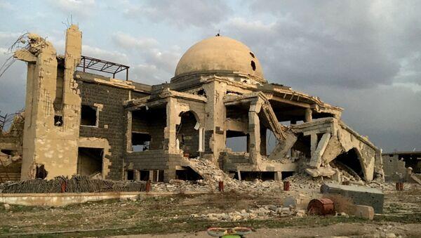 Edificio destruido en Siria - Sputnik Mundo