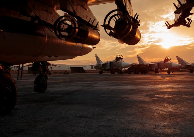 Aviones de las Fuerzas Aeroespaciales de Rusia en la base siria de Hmeymim