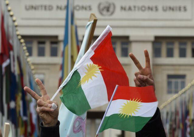 Bandera de los kurdos sirios