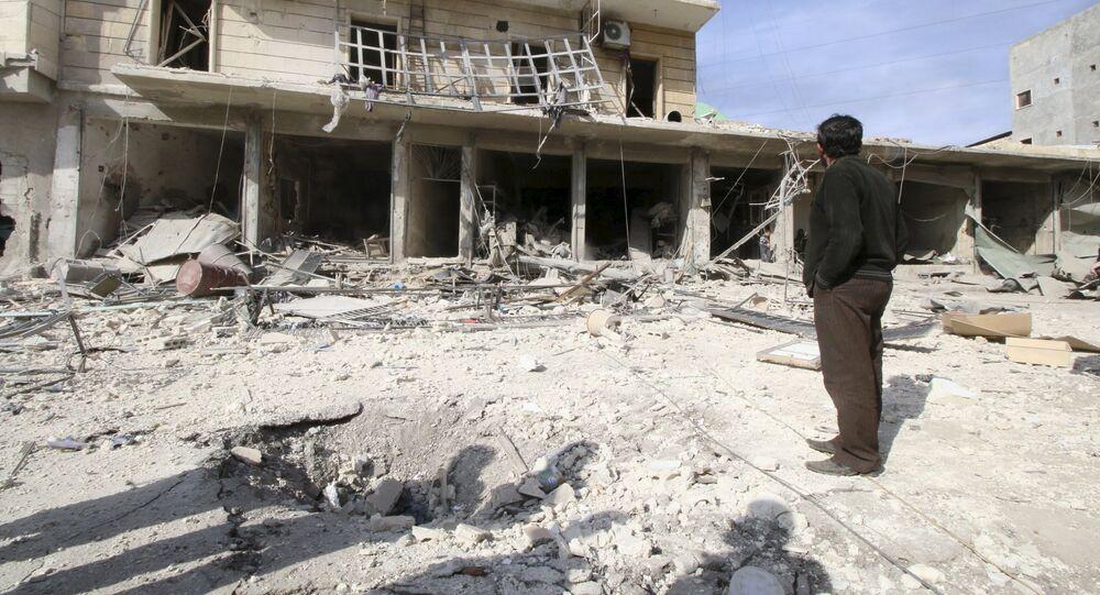 Edificios destruidos por bombardeos en Alepo