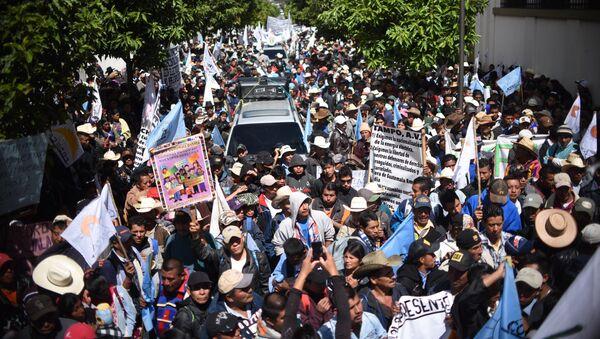 Una marcha de protesta de campesinos en Guatemala - Sputnik Mundo