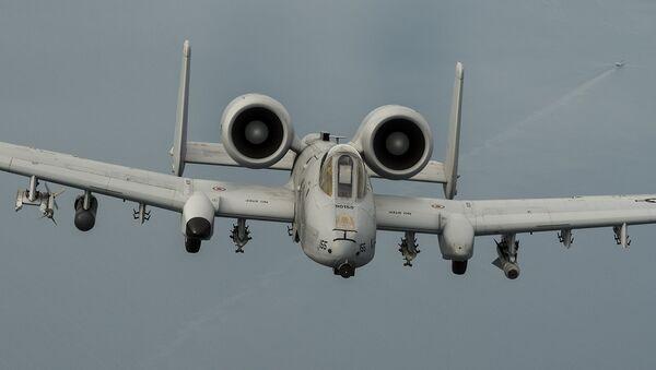 Avion A-10 de la Fuerza Aérea de EEUU - Sputnik Mundo
