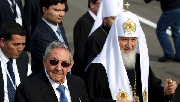 Raúl Castro, presidente de Cuba, y Patriarca ruso Kiril - Sputnik Mundo