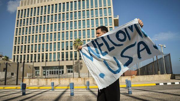 EEUU y Cuba formalizarán el martes el restablecimiento del servicio aéreo - Sputnik Mundo