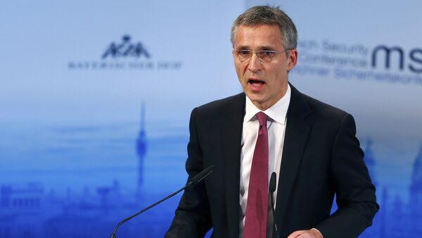 Jens Stoltenberg, el secretario general de la OTAN, durante la Conferencia de Seguridad de Múnich - Sputnik Mundo