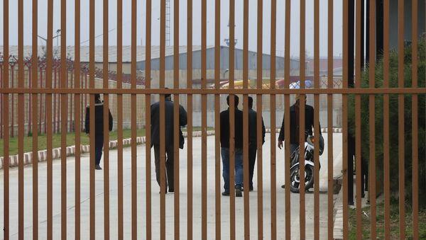Sirios en la frontera turco-siria - Sputnik Mundo