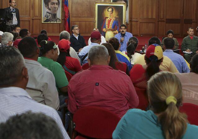 Nicolás Maduro, presidente de Venezuela, durante el encuentro con activistas sociales en el Palacio de Miraflores