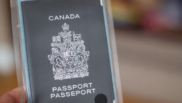 Pasaporte canadiense - Sputnik Mundo