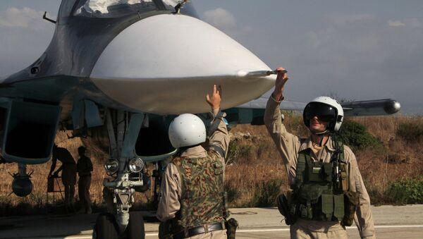 Russian war planes at Hmeimim base in Syria - Sputnik Mundo