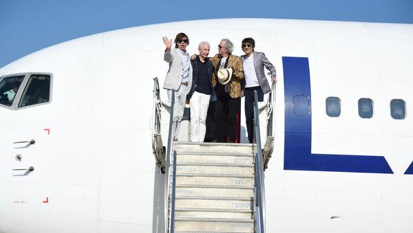 Los Rolling Stones en el aeropuerto de Montevideo - Sputnik Mundo