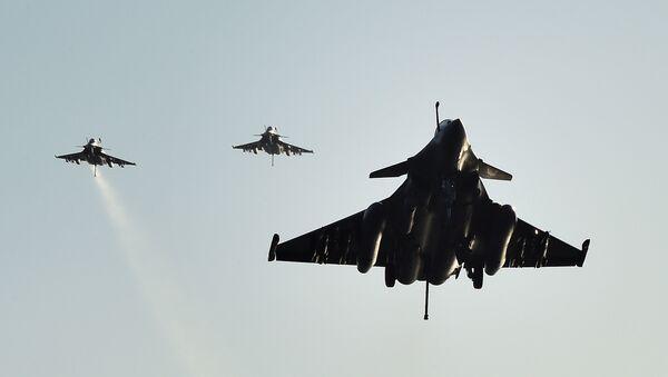 Cazas franceses Rafale, foto de archivo - Sputnik Mundo