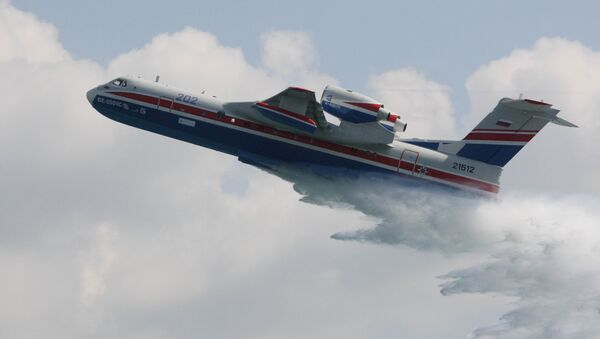 Avión anfibio Be-200ChS - Sputnik Mundo