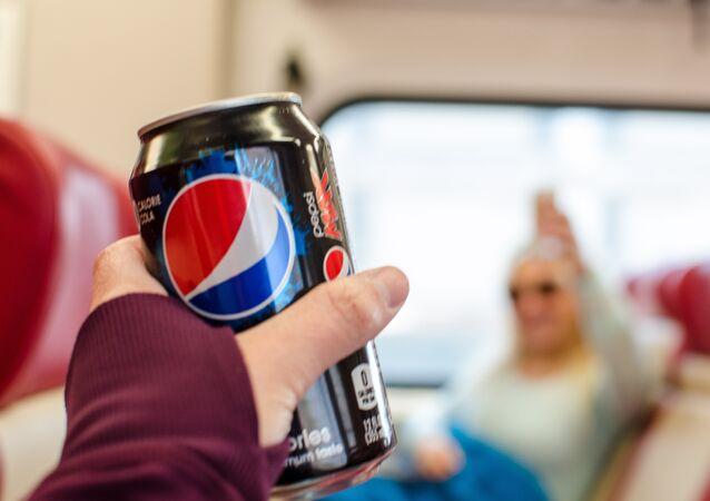 Lata de Pepsi Max