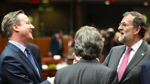 Primer ministro del Reino Unido, David Cameron, y presidente del Gobierno de España en funciones, Mariano Rajoy - Sputnik Mundo
