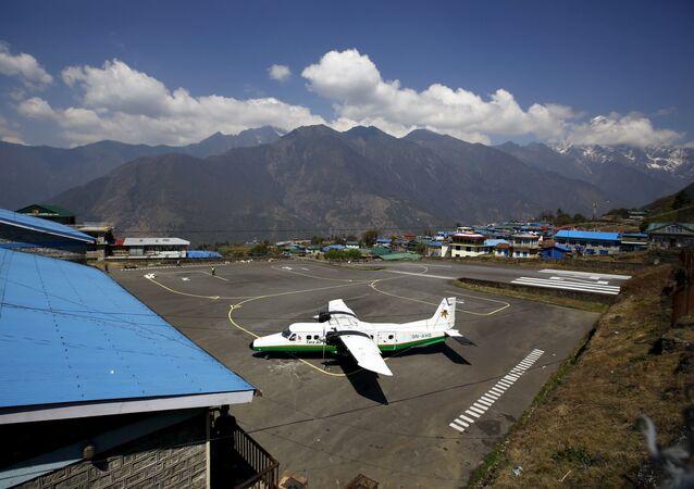 El avión Twin Otter de la aerolínea Tara Air