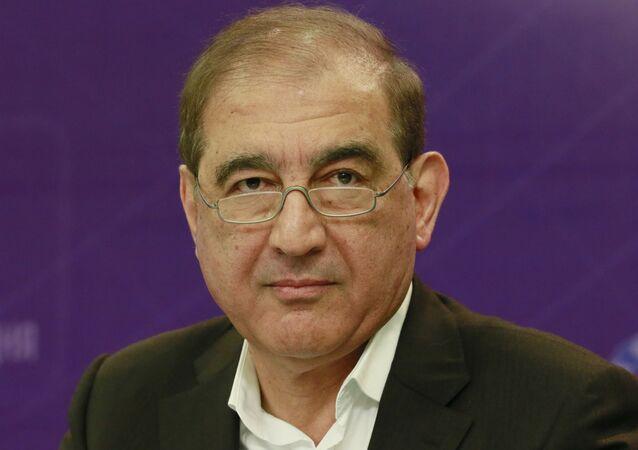 Qadri Jamil, líder del Frente Nacional para Liberación de Siria