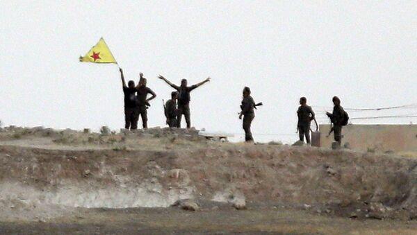 Los kurdos de las Unidades kurdas de Protección Popular (YPG) (archivo) - Sputnik Mundo