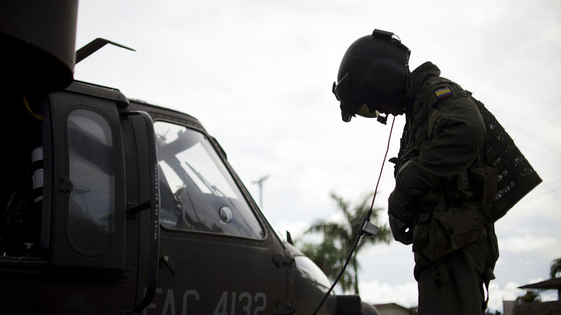 Presidente de Colombia confirma atentado con coche bomba en batallón del Ejército
