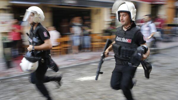 Policía de Turquía (archivo) - Sputnik Mundo