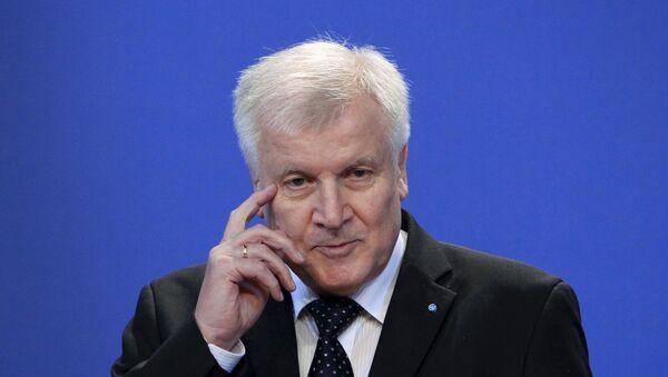 Horst Seehofer, ministro presidente de Baviera - Sputnik Mundo