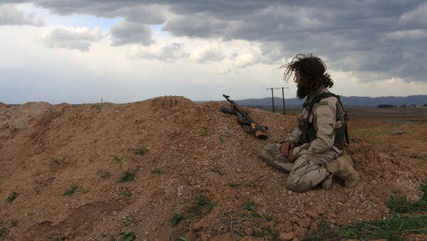 Soldado del Ejército Libre Sirio - Sputnik Mundo