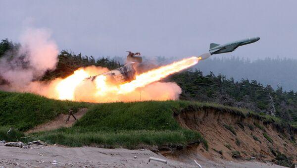 Lanzamiento de un misil 'Rubezh' (RS-26 Yars-M) - Sputnik Mundo